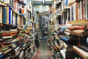 Il faut avouer qu'une bibliothèque remplie de livres, ça force le respect !