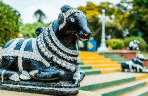 Statue de Nandi dans le temple Bull à Bangalore.